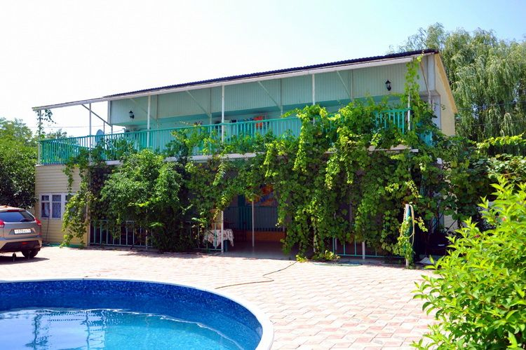 Гостевой дом «Гелюшка» в Джубге